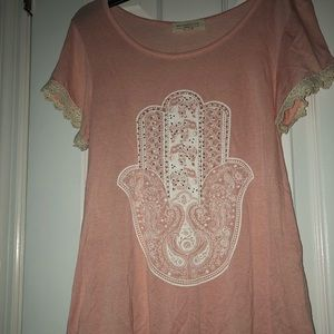 Pink shirt with laced lining